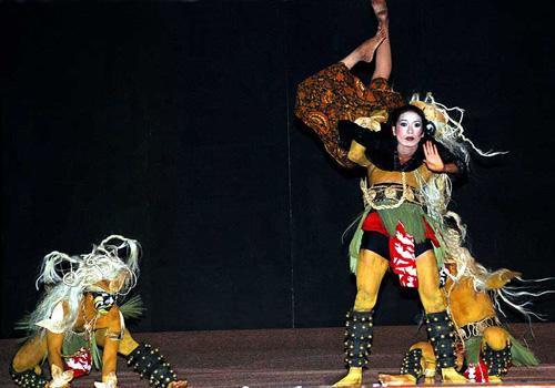 Java Dance originated from India